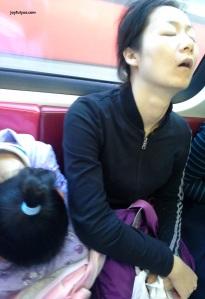 joyfulyue.com_Singapore_MRT